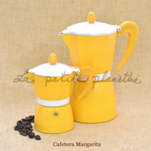 Cafetera italiana Margarita. Color amarillo, de aluminio.