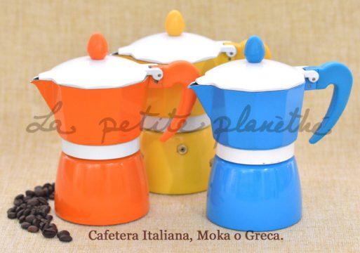 Cafetera italiana o moka de aluminio